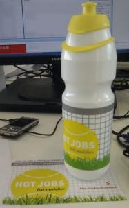 Große Nuckelflasche vom Hiring Team