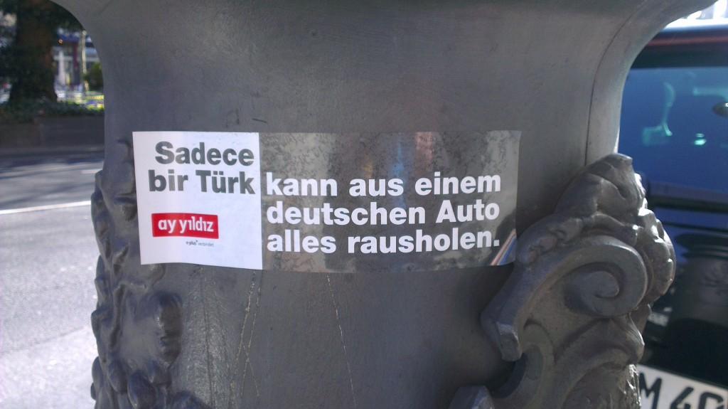 ay yildiz - kann aus einem deutschen Auto alles rausholen