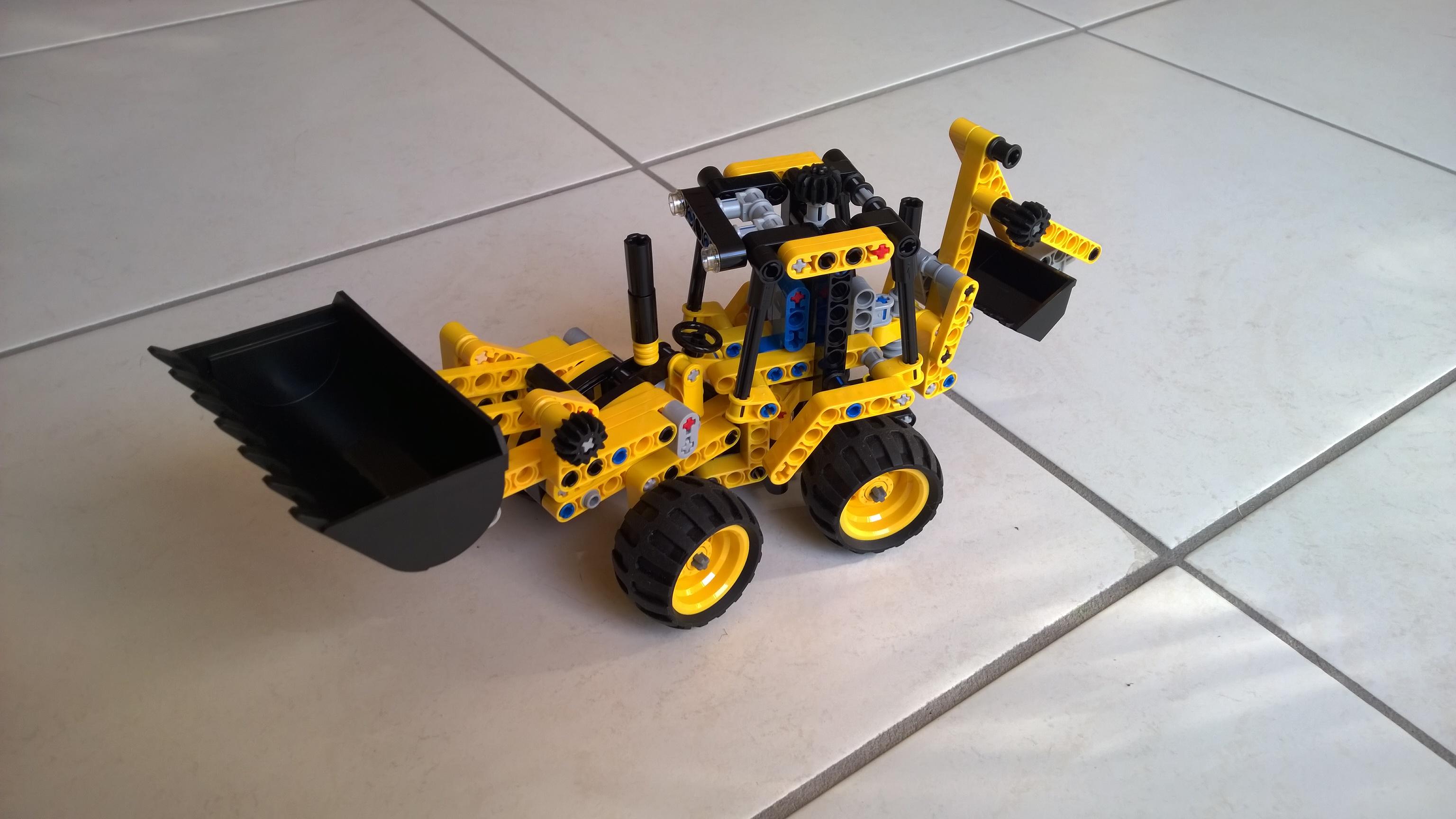 Lego Mini Baggerlader 42004