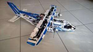 Lego Frachtflugzeug - 42025