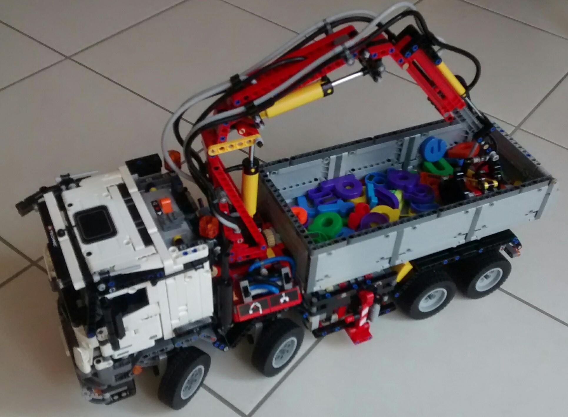 Lego Technic 42042 Mercedes-Benz Actros